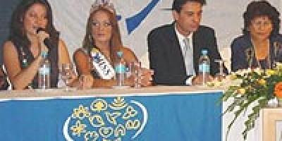le-comite-de-miss-mauritius-reunit-la-presse-a-la-plantation