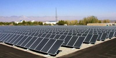 energie-renouvelable-construction-de-trois-fermes-photovoltaiques