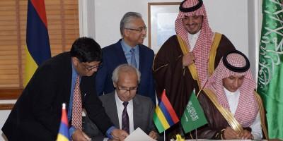 nouvel-hopital-de-flacq-l-rsquo-arabie-saoudite-fait-un-don-de-rs-870-millions