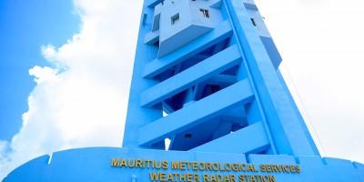 le-radar-doppler-de-trou-aux-cerfs-inaugure-mercredi-un-excellent-outil-pour-suivre-les-cyclones