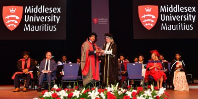 le-ceo-de-mauritius-telecom-sherry-singh-fait-docteur-honoris-causa-de-la-middlesex-university-nbsp