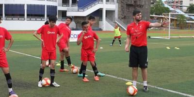 liverpool-football-academy-le-delai-pour-les-inscriptions-etendu-d-rsquo-une-semaine