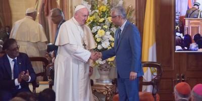 visite-de-sa-saintete-le-pape-francois-a-maurice-retrospective