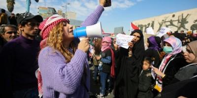 des-centaines-d-irakiennes-manifestent-pour-defendre-leur-place-dans-la-revolte