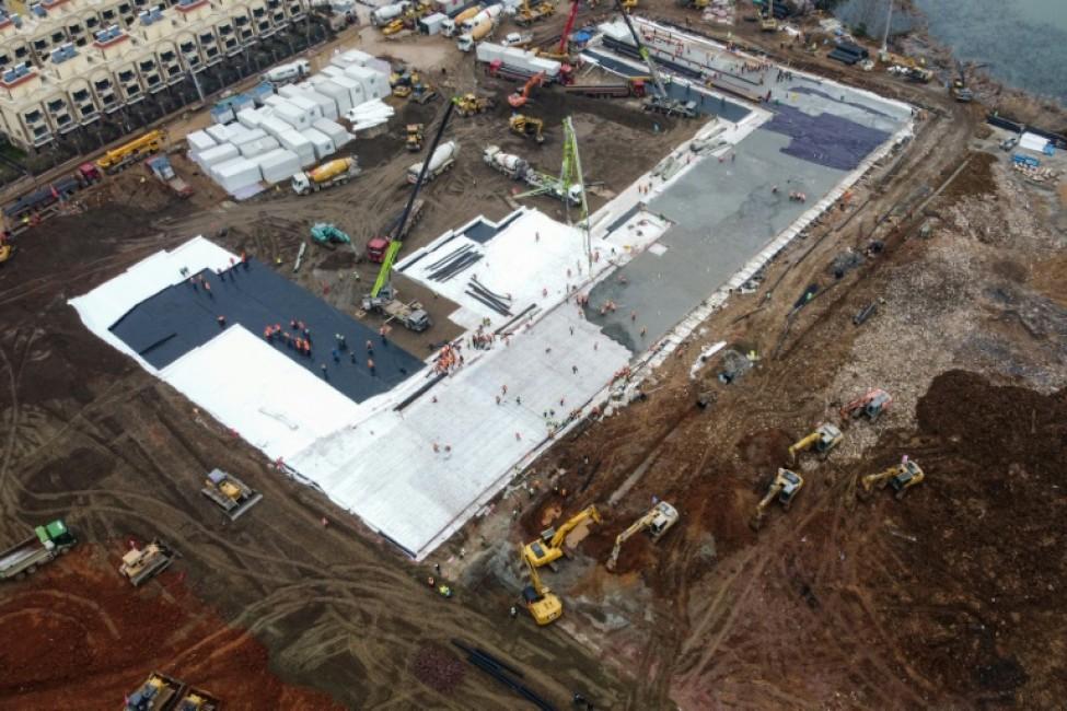 Photo aérienne du site de construction d\'un nouvel hôpital à Wuhan, en Chine, épicentre du nouveau coronavirus, le 27 janvier 2020.