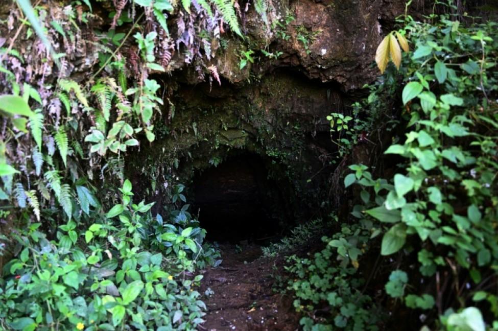 L\'entrée d\'un ancien tunnel de mine à San Juancito, le 4 février 2020 au Honduras