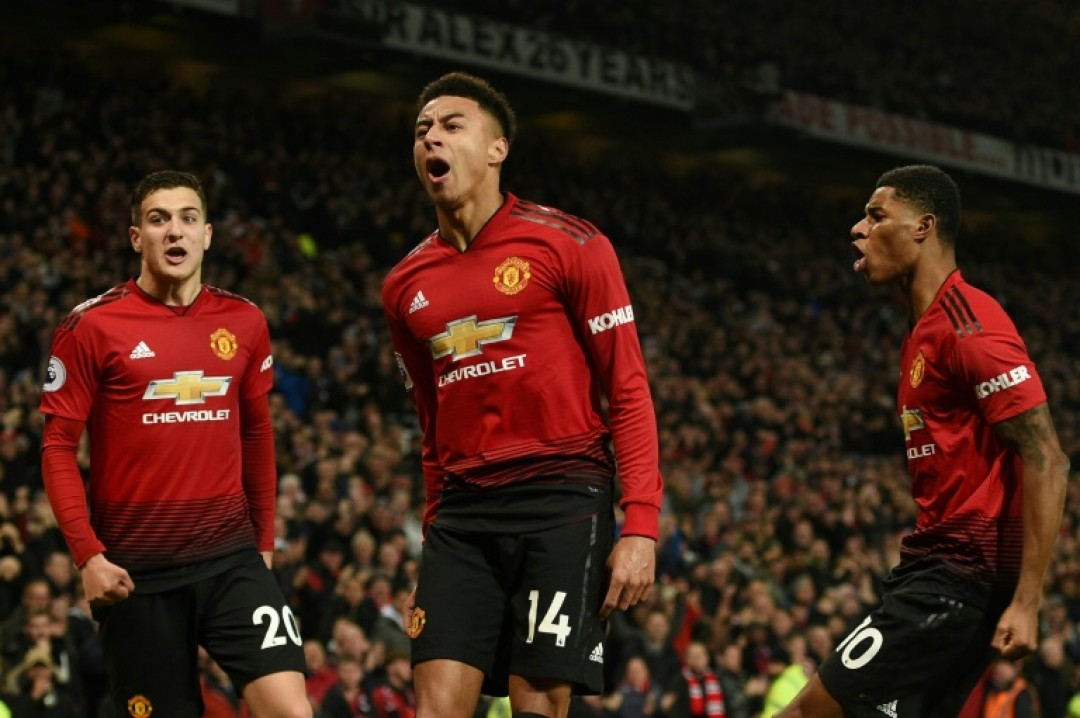 Manchester United\'s Jesse Lingard celebrates his equaliser in a thrilling 2-2 draw with Arsenal on Wednesday