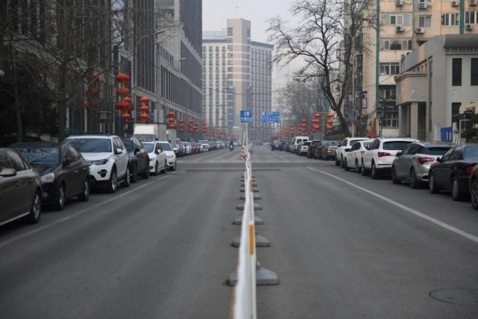 Une rue déserte dans un quartier résidentiel de Pékin, le 11 février 2020 en Chine