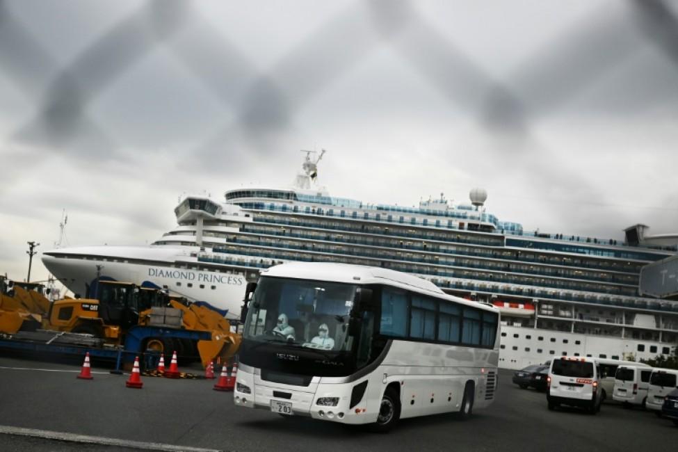 Le navire de croisière Diamond Princess en quarantaine dans le port de Yokohama, le 14 février 2020 au Japon