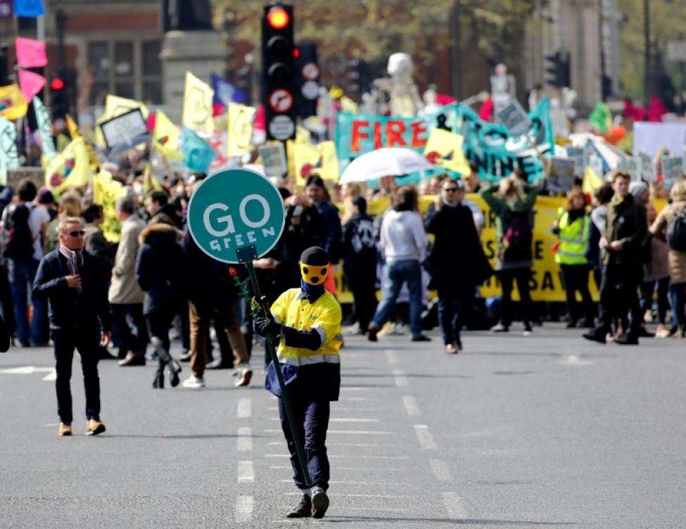 Manifestants du mouvement écologiste Extinction au premier jour d\'une campagne pour \
