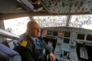 Syrie: le premier vol civil en huit ans atterrit à l'aéroport d'Alep