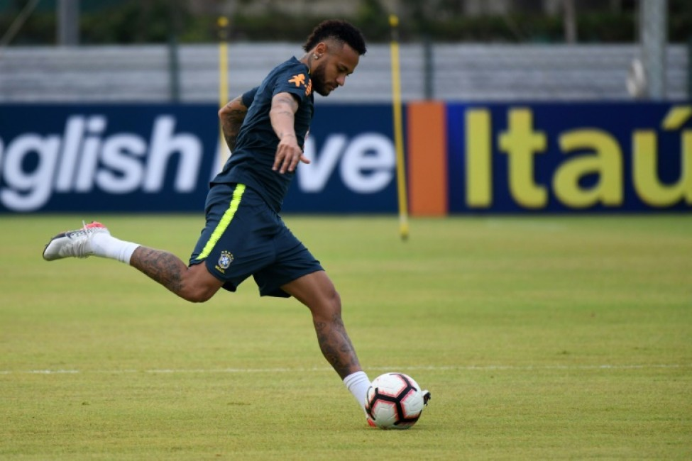 Neymar trained in Singapore ahead of his 100th cap against Senegal