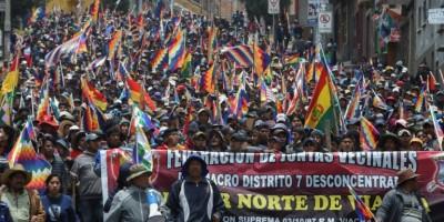 bolivie-la-presidente-par-interim-tente-de-pacifier-le-pays