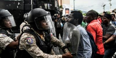 penurie-d-essence-en-haiti-heurts-entre-manifestants-et-policiers