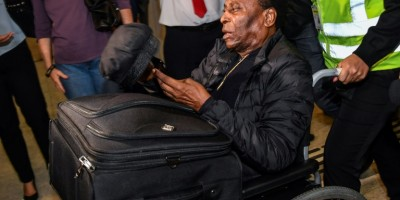 pele-says-he-s-fine-after-son-spoke-of-depression