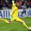 Keeper Redmayne the hero as Sydney FC win A-League grand final