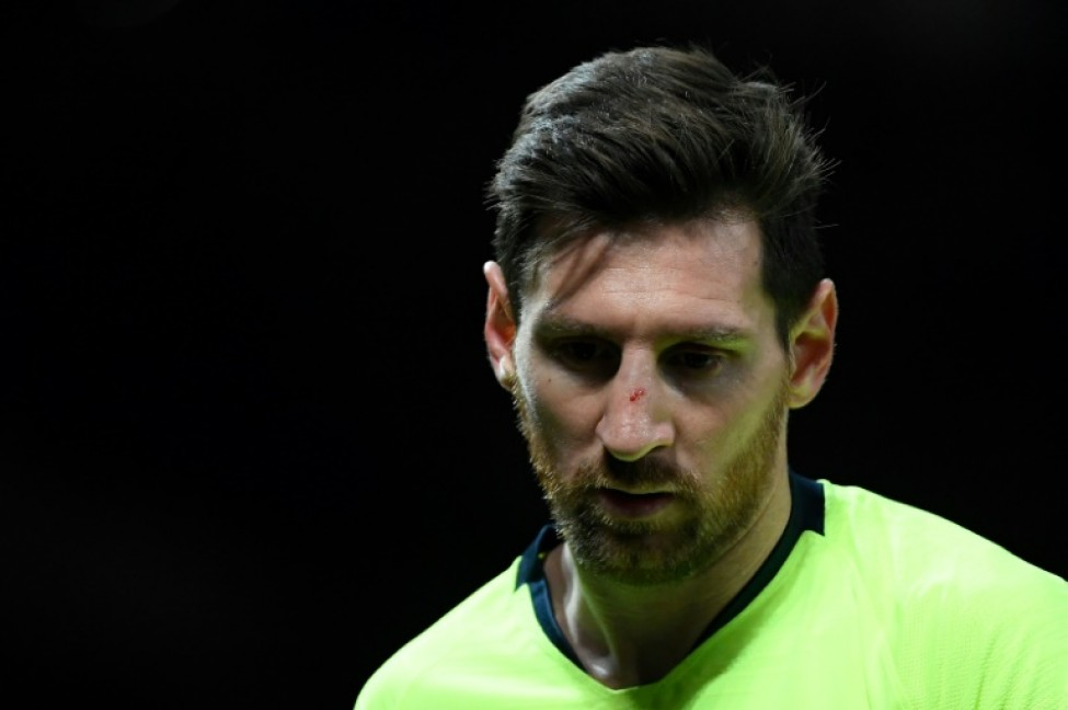 Lionel Messi cut his nose in a challenge with Chris Smalling during the first leg at Old Trafford