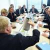 Le ministre allemand des Affaires étrangères Heiko Maas (C), son homologue britannique Boris Johnson (C, de dos), le chef de la diplomatie française Jean-Yves Le Drian (D) et la cheffe de la diplomatie européenne Federica Mogherini (2e G) avant une réunion des ministres des Affaires étrangères de l\'UE, à Luxembourg le 16 avril 2018