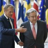 Le président du Conseil européen, Donald Tusk, (g), à Bruxelles le 15 mai 2018, avec le secrétaire général de l\'ONU Antonio Guterres