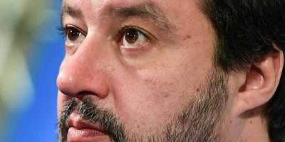 italie-migrants-salvini-face-au-senat-pour-un-possible-renvoi-en-justice