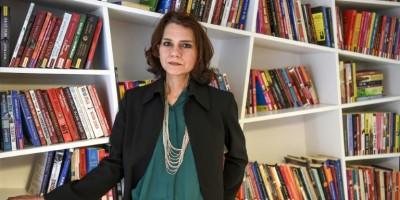 turquie-la-romanciere-asli-erdogan-acquittee-dans-un-proces-pour-quot-terrorisme-quot