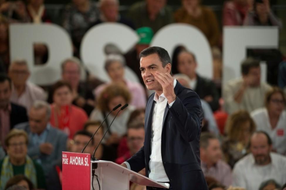 Le Premier ministre socialiste espagnol Pedro Sanchez, tête de liste du PSOE, lors d\'un meeting électoral à Torremolinos le 6 novembre 2019