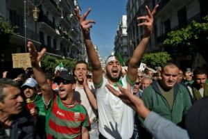 Les Algériens mobilisés au 1er vendredi de
