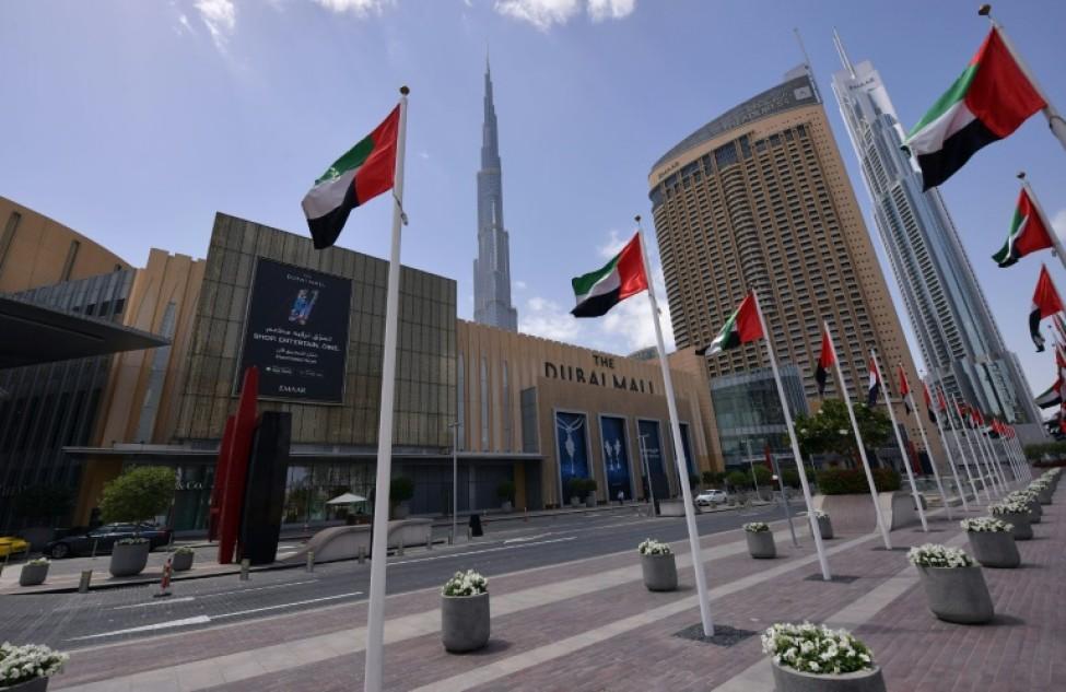 Une photo prise le 23 mars 2020 montre le Dubai Mall fermé en raison de l\'épidémenie du nouveau coronavirus