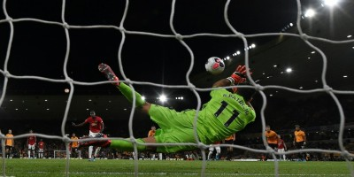 it-s-up-to-them-solskjaer-refuses-to-blame-pogba-after-penalty-miss