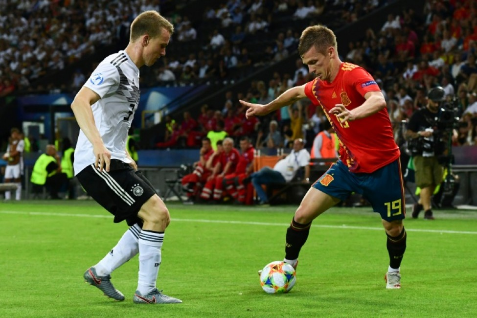 Spanish forward Dani Olmo (R), pictured in the U21 European Football Championships final against Germany last year