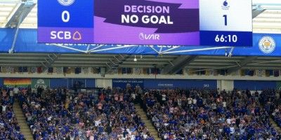 leicester-hit-back-to-shock-spurs-with-help-from-var
