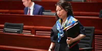 hong-kong-carrie-lam-condamne-quot-l-agression-barbare-quot-d-une-de-ses-ministres-a-londres