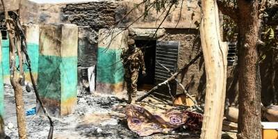 un-an-apres-une-nouvelle-attaque-fait-21-morts-dans-un-village-martyr-du-mali