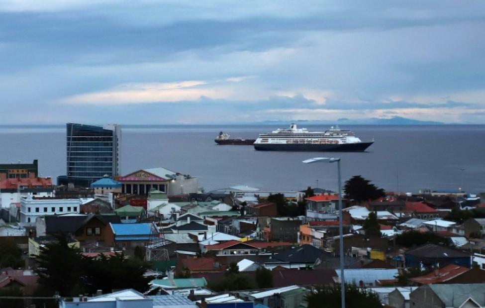 Le paquebot Zaandam exploité par Holland America (groupe Carnival) à Punta Arenas, le 16 mars 2020 au Chili
