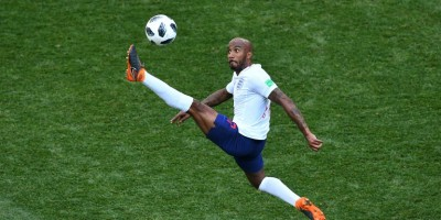 everton-sign-england-midfielder-delph-from-manchester-city
