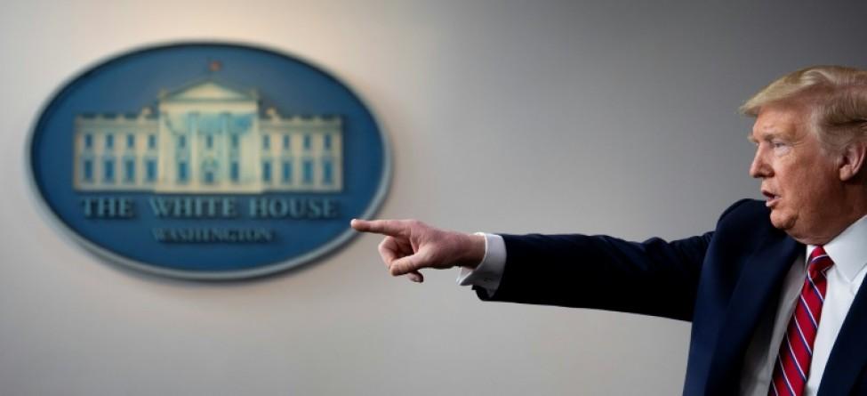 Le président américain Donald Trump répond à des questions lors du briefing quotidien sur le nouveau coronavirus à la Maison-Blanche le 20 mars 2020