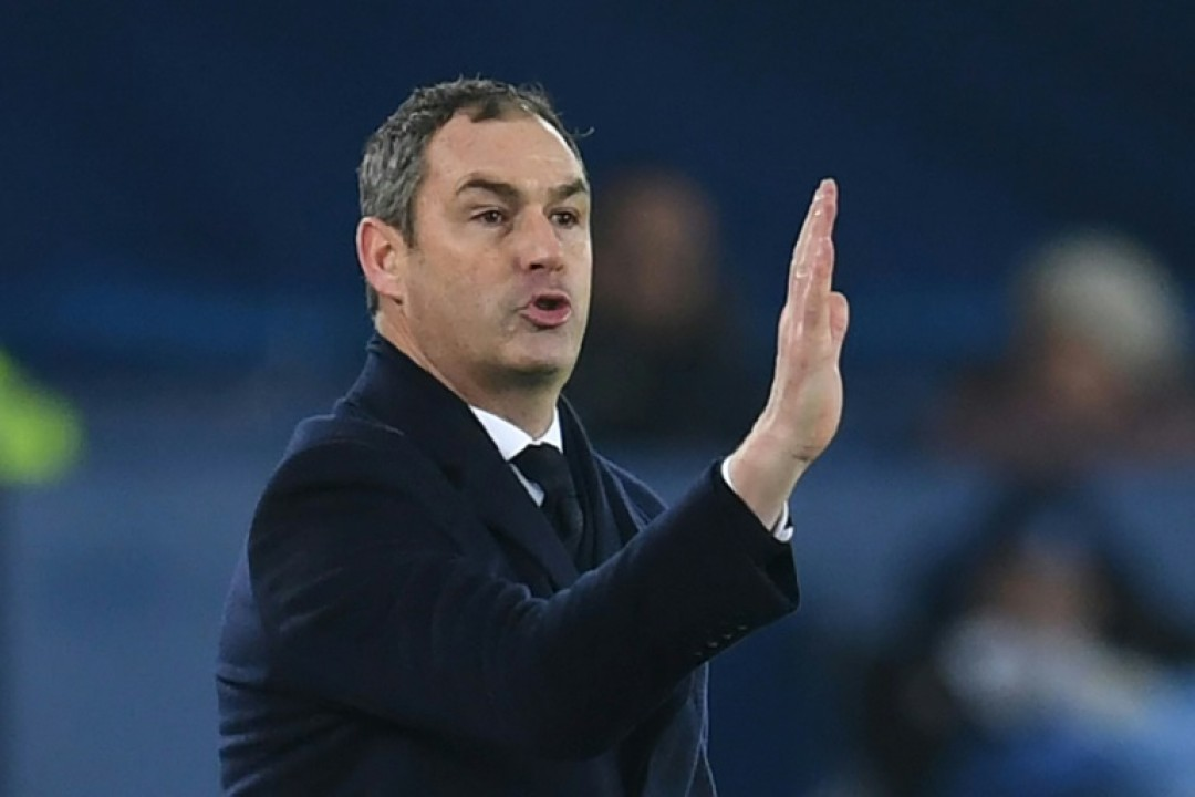 English Championship club Reading have sacked manager Paul Clement