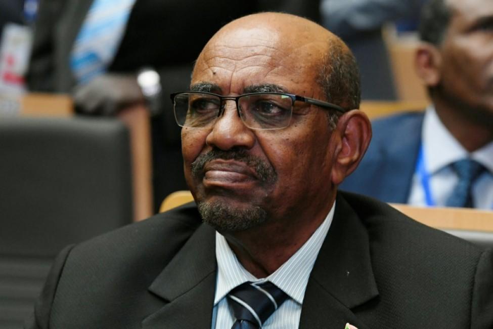 Photo d\'archives montrant l\'ex-chef d\'Etat soudanais Omar el-Béchir le 28 janvier 2018, dans la capitale éthiopienne Addis Abeba