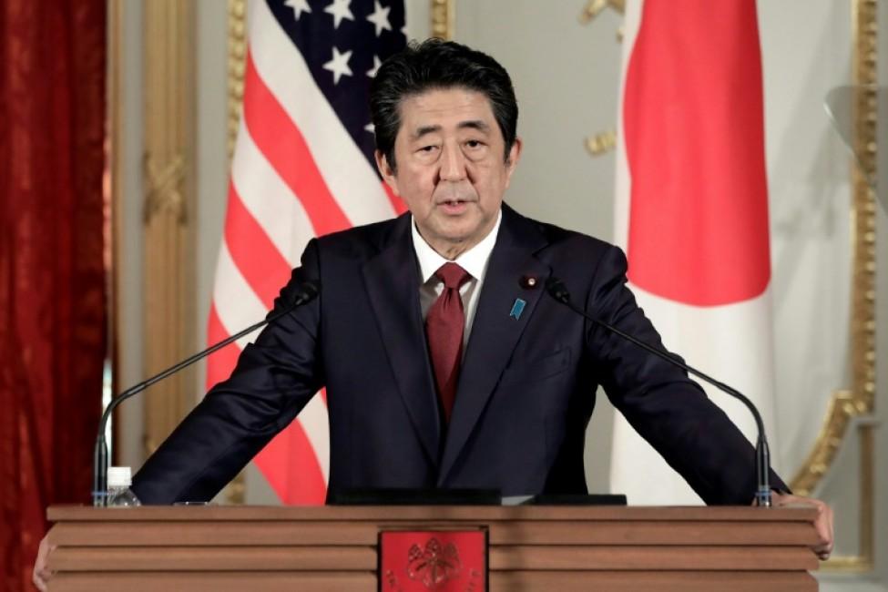 Le Premier ministre japonais Shinzo Abe lors d\'une conférene de presse conjointe avec le président américain Donald Trump (n\'apparaît pas dans la photo) au Palais Akasaka à Tokyo le 27 mai 2019