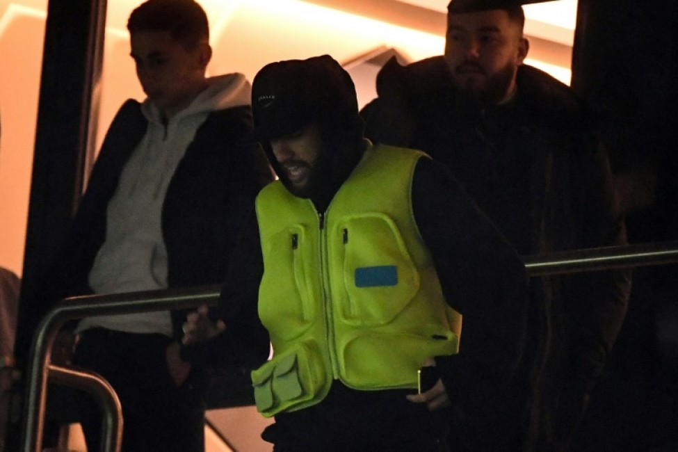 Neymar watched PSG\'s win last weekend over Lyon from the stands