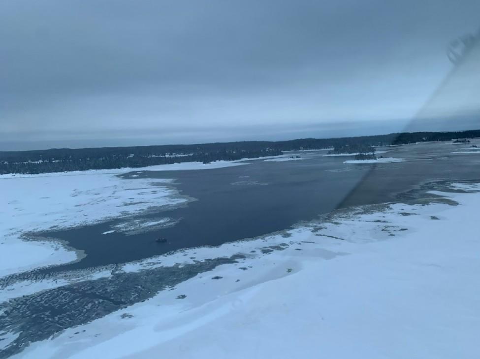 Photographie aérienne, transmise le 22 janvier 2020 par la Sûreté du Québec, de la zone où a eu lieu l\'accident, dans le nord de la province
