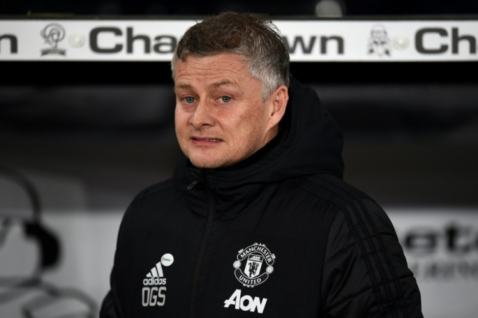 Ole Gunnar Solskjaer is keeping in touch with his Manchester United stars during the coronavirus