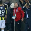 besiktas-coach-wounded-by-projectile-derby-abandoned
